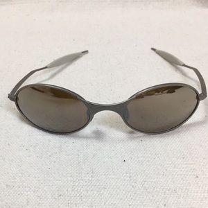 Vintage Oakley T wire Oval Matrix Titanium iridium